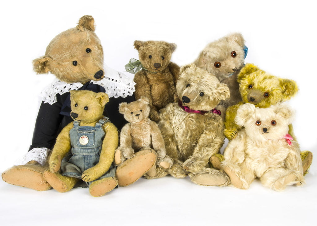 Dolls, Dolls' Houses, Teddy Bears and Traditional Toys